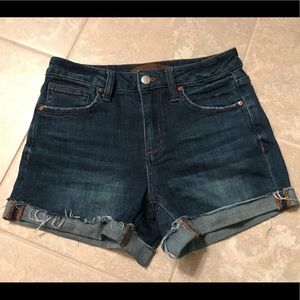Joes Jeans Distressed Cuff Hem High Rise Shorts 25